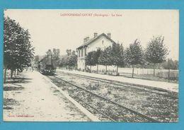 CPA - Chemin De Fer Arrivée Du Train En Gare De LAROCHEBEAUCOURT (gare Aujourd'hui Disparue) 24 - Autres Communes