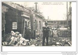 SOISSONS AISNE LA GARE DU NORD UN 240 BOCHE SUR LA LAMPISTERIE GUERRE 1914 CPA BON ETAT - Weltkrieg 1914-18