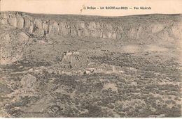 La Roche Sur Buis ; Vue Générale Du Village Perché  Et Des Falaises - Other Municipalities