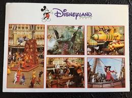 Disneyland Paris Parade - Disneyland