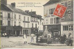 LA FERTE GAUCHER  Le Grand Bassin Et Perspective De La Place Montesquiou (animation Commerces...) - La Ferte Gaucher