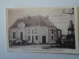 DORDOGNE   Javerlhac  Poste Et Monument Aux Morts De La Grande Guerre - Autres Communes