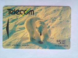 9NZBB Polar Bear $5 - New Zealand