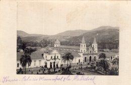 """V12051 Cpa Amerique - Equateur -  Ibarra, Palacio Municipal Et La Cathédrale """" Carte Photo"""" - Equateur"""
