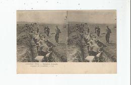GUERRE 1914 INFANTERIE FRANCAISE CREUSANT DES TRANCHEES (CARTE STEREOSCOPIQUE) - Weltkrieg 1914-18