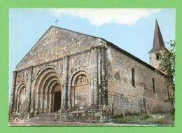 CPSM FRANCE 16  ~  CHALAIS  ~   20  L'Église  ( Combier Dentelée 50/60 )  2 Scans - Francia
