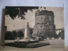 Carrara - Piazza Mazzini - Torri - Monumenti ( S. Vatteroni )- Statue - Sculture - Ed. Ravenna A. - 2 Scans. - Carrara