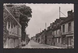 CPSM Pf. Dépt.27. LE GOULET . Route Nationale . Hôtel Restaurant,arrêt De Cars,voiture,motos - Francia