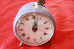 REVEIL ANCIEN JERGER - Alarm Clocks