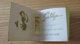 Le Galion Parfumeur Paris  Extrait Et Parfum De Toilette Sortilège  Tube Sur Carte - Vintage Miniatures (until 1960)