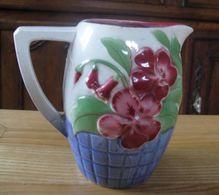 Cruche En Barbotine  De Saint Clément à Décor Floral Stylisé - Dishware, Glassware, & Cutlery