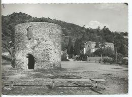 BORMES LES MIMOSAS - Vieux Moulin Et La Chapelle - Bormes-les-Mimosas