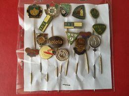 Lotto Misto Di 17 Pin's Vintage - P614 - Pin's