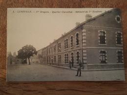Lunéville - 31è Dragons - Quartier Clarenthal - Batiment Du 1er Escadron - D.D. éditeur - Carte Issue D'un Carnet - Luneville