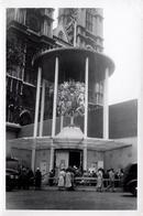 Photo Originale 9 Jours Après Le Couronnement D'Élisabeth II à L'abbaye De Westminster Du 2 Juin 1953 - Lieux