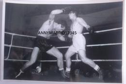 PHOTO (18 Cm X 12 Cm) - BOXE - BOXEUR - BOKS - BOKSER  - BOXING- JIM ROOSE Vs MANCA ( Anvers 26-11-1947 ) - Boxing