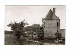 Cpsm MAILLEBOIS  Ferme Du Rouvray Portail D'entrée Et Fossés - Mignon 7767 - France