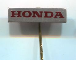HONDA - Car, Auto, Automotive, Vintage Pin, Badge, Abzeichen - Honda