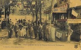 Vals-les-Bains - Entrée De L'Avenue Farincourt, Les Magasins - Edition C. Artige Fils - Carte Vernie, Colorisée - Vals Les Bains