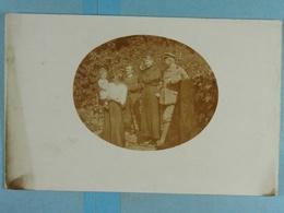 Carte Photo Pfingsten 1915 Soldat Et Famille - Personnages