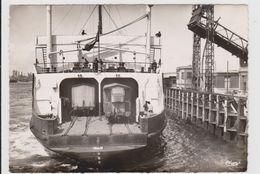 CPSM   DUNKERQUE 59  Ferry-boat Au Départ - Dunkerque