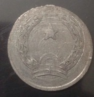 Vietnam Viet Nam 1 Dong FAKED Coin 1976 RARE / 02 Photo - Viêt-Nam