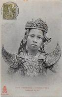 CPA Cambodge Asie Asia Non Circulé Mais Timbré Type Danseuses - Cambodge