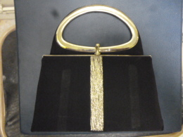 PURSE BY CLARK FINE CONDITION - Jewels & Clocks