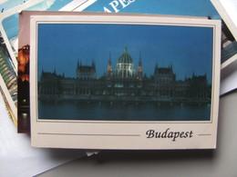 Hongarije Ungarn Magyar Budapest Parlament By Night - Hongarije