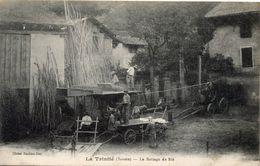 73 LA TRINITE - LE BATTAGE DU BLE - MOISSONNEUSE BATTEUSE A VAPEUR - France