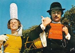Folklore Breton Costumes Bigoudins - Danses