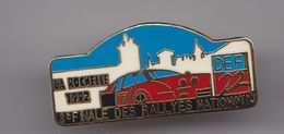 Pin's La Rochelle 1992 3 ème Finale Des Rallyes Nationaux En Charente Maritime Dpt 17 Voiture  Réf 4019 - Rallye