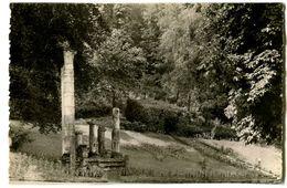 CPA 52 Haute-Marne Bourbonne-les-Bains Parc Du Casino Et Ruines Gallo-Romaines - Bourbonne Les Bains