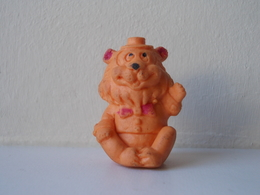 - Ancienne Figurine ESSO Glup's. 1972. Série Glup'sville. Les Frères Clownistes. Le Lion - - Figurines