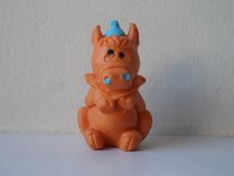 - Ancienne Figurine ESSO Glup's. 1972. Série Glup'sville. Les Frères Clownistes. Le Cheval - - Figurines