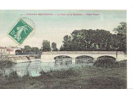 Tonnay Boutonne  Le Pont Sur La Boutonne  Hotel Dupin - Autres Communes