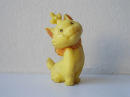 - Ancienne Figurine ESSO Glup's. 1971. Série Les Aristochats. Marie - - Figurines
