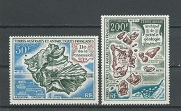 TAAF Scott C20, C22 Yvert PA23, PA24 (2) * Cote 91$ 1971 - Terres Australes Et Antarctiques Françaises (TAAF)