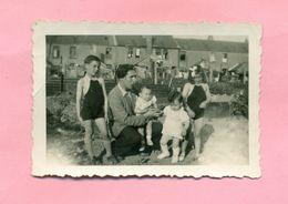 PHOTOGRAPHIE - COUDEKERQUE BRANCHE Prés DUNKERQUE : CLICHE DE FAMILLE RUE JEAN MOREL - - Lieux