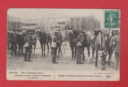 Cavaliers Anglais Venant De Débarquer En France - War 1914-18