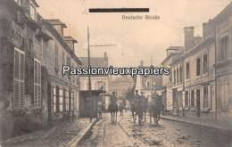 CARTE  ALLEMANDE    ANIZY LE CHATEAU 1916 DEUTSCHE STRASSE  (Feldpost) N°1 - France