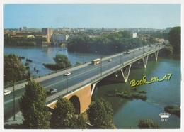 {71940} 31 Haute Garonne Toulouse , Le Pont Saint Michel , Panorama Sur Les Quais ; Bus , Voitures , Camion - Toulouse