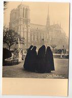 Photographe  Albert MONIER   -- Contemplation (religieuses) PARIS 4°--Cathédrale Notre-Dame - Monier