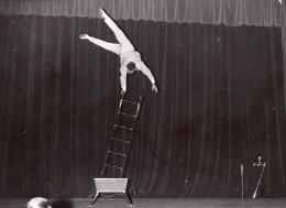 France Paris Salle Pleyel Acrobate Hermani Ancienne Photo 1960 - Other