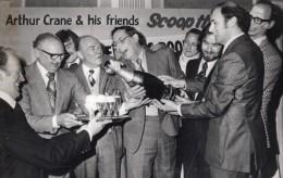 Manchester Ouvrier Gagnant Pari Mutuel Littlewoods Pools Football Ancienne Photo De Presse 1976 - Famous People