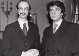 Ecrivains Jacques Almira Et Steven Millhauser Prix Medicis Litterature Ancienne Photo De Presse 1975 - Famous People