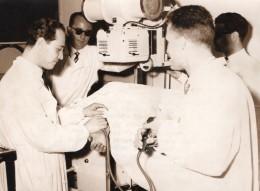 Italie Rome Professeur Giacobini Radiographie Du Coeur Ancienne Photo De Presse 1955 - Famous People