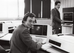 Journaliste Laurent Broomhead Centre De Calcul CII Honeywell-Bull Ancienne Photo De Presse 1981 - Famous People