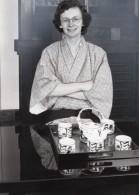 Journaliste Laurent Broomhead Kimono Emission Planete Bleue Ancienne Photo De Presse 1983 - Famous People