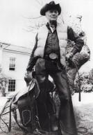 Somerset Holford Pasteur Peter Birkitt Cowboy Ancienne Photo De Presse 1977 - Famous People
